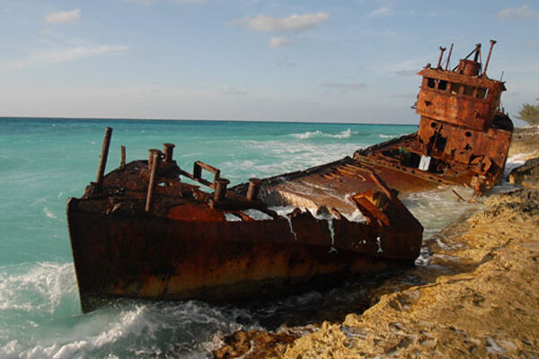 dest-truth-rusted-ship